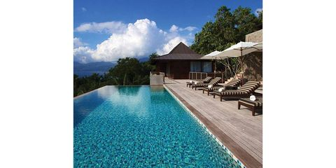 Swimming pool, Property, Resort, Real estate, Sunlounger, Outdoor furniture, Azure, Aqua, Resort town, Turquoise,