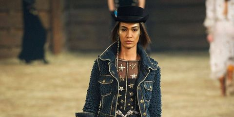It's Dallas Baby: Chanel Métiers d'Art Show
