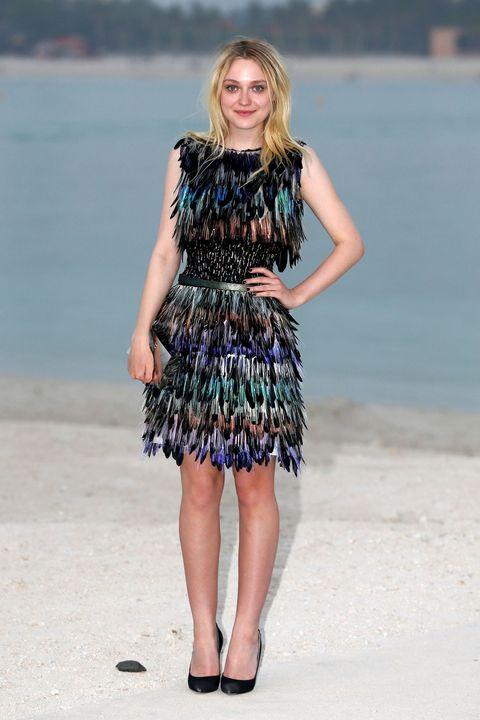 Clothing, Blue, Shoulder, Dress, Photograph, Joint, Human leg, Summer, One-piece garment, Waist,