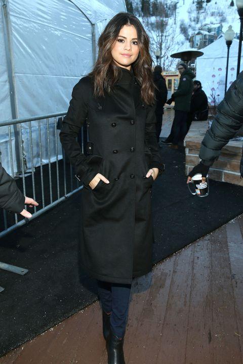 Clothing, Footwear, Leg, Sleeve, Winter, Collar, Outerwear, Coat, Style, Street fashion,