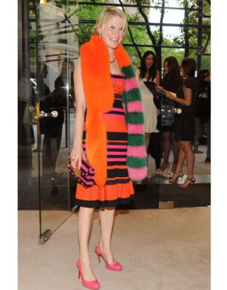 Leg, Dress, Style, Street fashion, One-piece garment, Fashion, Thigh, Day dress, Bag, Luggage and bags,