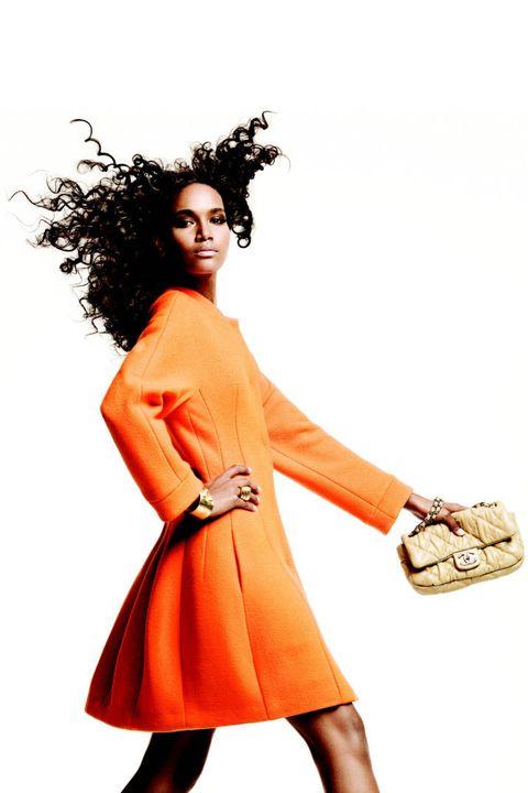 Sleeve, Shoulder, Bag, Style, Orange, Fashion, Wrist, Fashion model, Shoulder bag, Tan,
