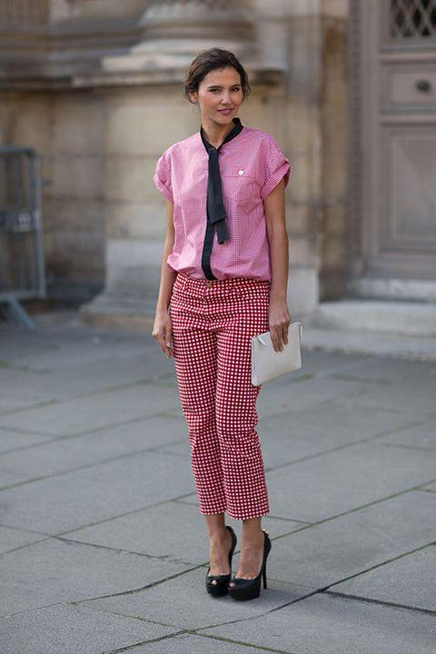 Sleeve, Shoulder, Collar, Textile, Style, Pink, Magenta, Street fashion, Fashion, Pattern,