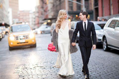 https://hips.hearstapps.com/hbz.h-cdn.co/assets/cm/15/07/54da7be44ef89_-_ahbz-joanna-hillman-wedding-1-1111-xl.jpg?crop=1xw%3A1.0xh%3Bcenter%2Ctop&resize=480%3A%2A