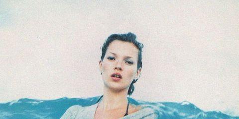 Lip, Jaw, Aqua, Liquid, Wave, Swimming pool, Painting, Portrait, Bathing, Portrait photography,