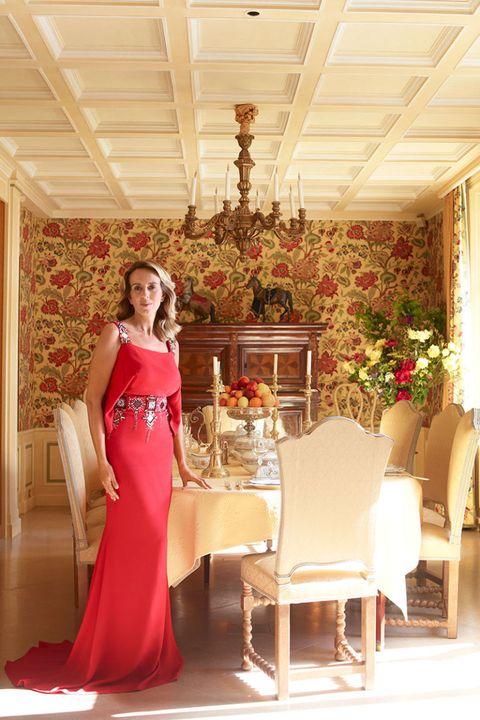 Lighting, Interior design, Dress, Ceiling, Formal wear, Interior design, One-piece garment, Gown, Light fixture, Hall,