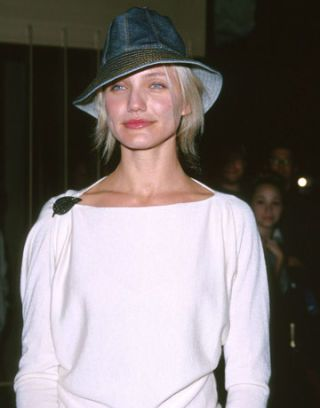683aa8e9b8f7d Cameron Diaz Hair Pictures - Gallery of Cameron Diaz s Best Hairstyles