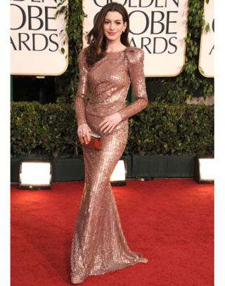anne hathaway at 68th golden globes