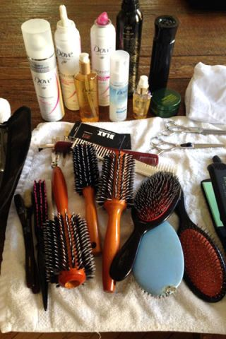 Brown, Brush, Turquoise, Beauty, Collection, Tints and shades, Cosmetics, Teal, Stationery, Natural material,