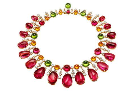 Yellow, Magenta, Jewellery, Violet, Pink, Purple, Amber, Fashion accessory, Natural material, Body jewelry,