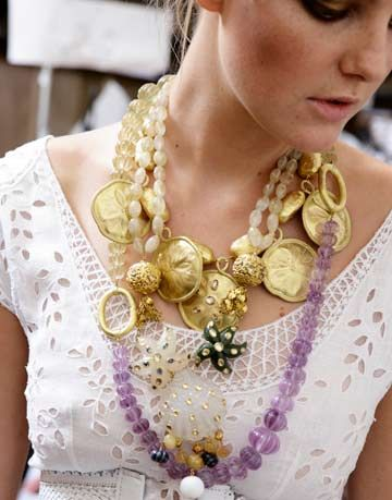How To Wear Jewelry Fashion Trends For Jewelry