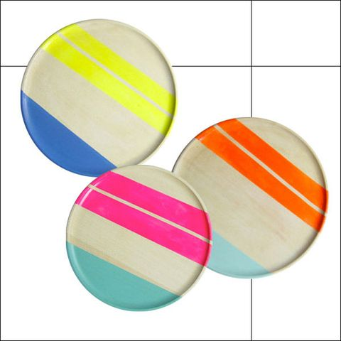 Colorfulness, Musical instrument accessory, Guitar accessory, String instrument accessory, Paint, Circle, Rectangle, Graphics,