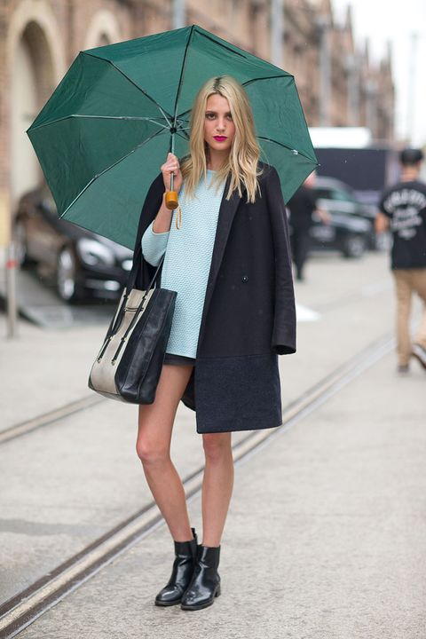 Clothing, Footwear, Textile, Umbrella, Outerwear, Bag, Coat, Style, Street fashion, Street,