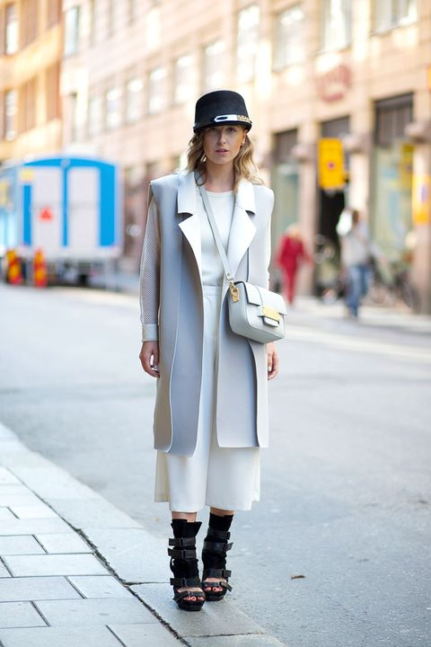 Clothing, Sleeve, Infrastructure, Outerwear, Coat, Street fashion, Street, Style, Bag, Hat,