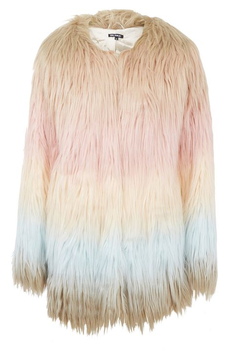 Brown, Collar, Textile, Natural material, Fashion, Tan, Fur, Beige, Clothes hanger, Khaki,