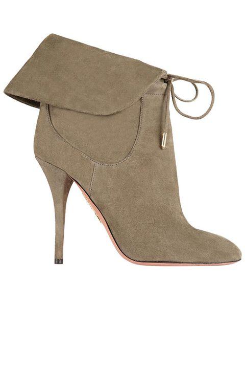 Brown, Product, Tan, High heels, Beige, Khaki, Leather, Foot, Fashion design, Basic pump,