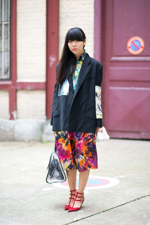 Clothing, Textile, Bag, Outerwear, Style, Street fashion, Luggage and bags, Pattern, Fashion, Plaid,