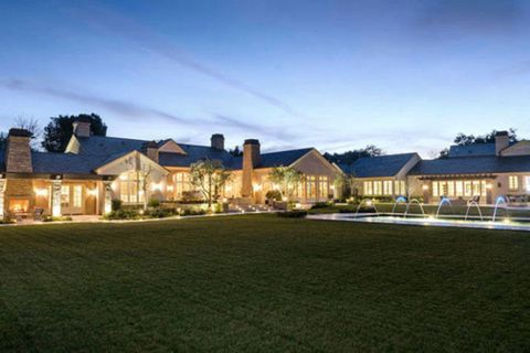 Property, Home, Residential area, Real estate, House, Dusk, Evening, Roof, Lawn, Suburb,