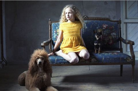 Human, Dog breed, Dress, Carnivore, Dog, Companion dog, German spitz, Fur, Sporting Group, Fawn,