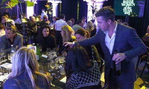 Face, Lighting, Purple, Drink, Chair, Barware, Tie, Party, Customer, Distilled beverage,