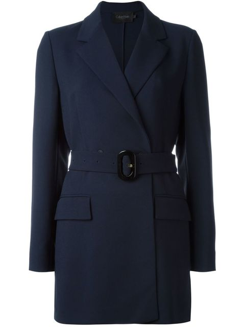 "<p>Calvin Klein Collection, € 1595 - verkrijgbaar via <a target=""_blank"" href=""http://bit.ly/1SLxmAd"">farfetch.com</a><a href=""http://bit.ly/1SLxmAd""></a></p>"