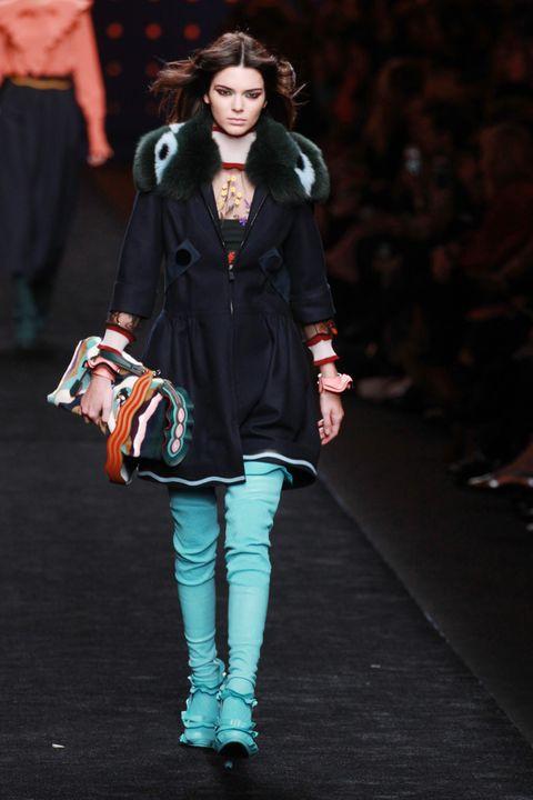 Joint, Outerwear, Fashion model, Style, Fashion show, Street fashion, Fashion accessory, Bag, Fashion, Winter,