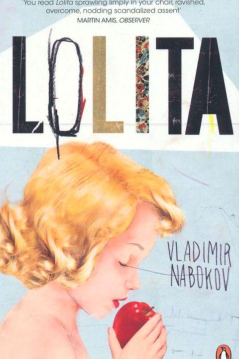 'Lolita, light of my life, fire of my loins. My sin, my soul. Lo-lee-ta: the tip of the tongue taking a trip of three steps down the palate to tap, at three, on the teeth. Lo. Lee. Ta.'  Zodoende het begin van een van de mooiste maar controversiëelste boeken in de literatuur. De zeer onbetrouwbare verteller van het verhaal, pedofiel Humbert Humbert, verleidt als het ware de lezer op precies dezelfde manier als dat hij dat met zijn 12-jarige stiefdochter doet. Enorm heftig maar zeker de moeite waard.