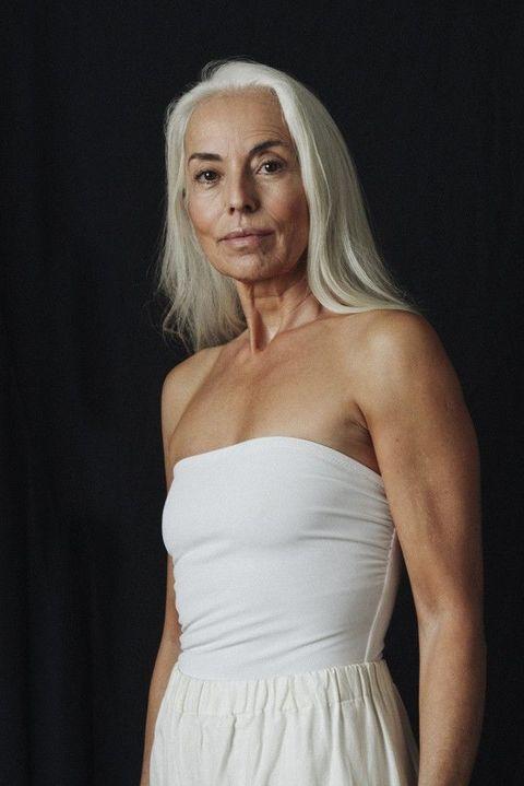 Wonderlijk Mooi: 60-jarige vrouw schittert in badkledingcampagne AS-65
