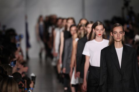 Shoulder, Fashion show, Fashion, Fashion model, Blazer, Waist, Runway, Street fashion, Model, Fashion design,