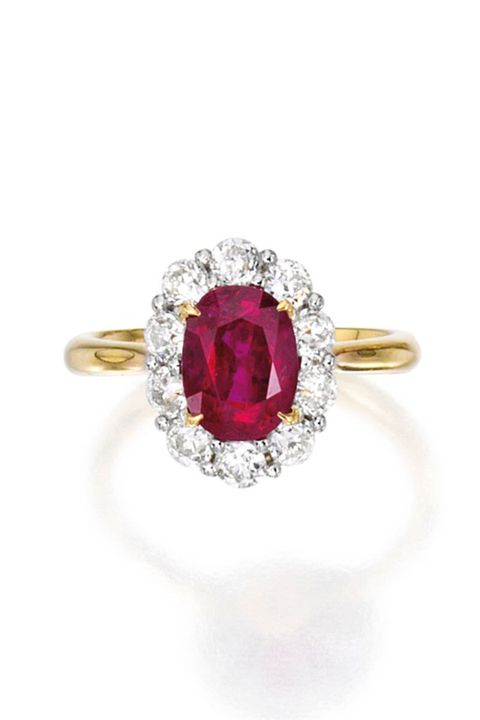 Jewellery, Photograph, Fashion accessory, Magenta, Amber, Natural material, Pre-engagement ring, Fashion, Body jewelry, Violet,