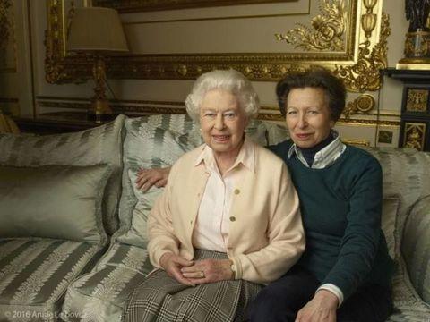 nieuwe portretten queen elizabeth