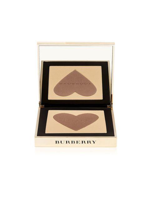"""<p>Burberry Beauty, € 60 - verkrijgbaar via <a href=""""https://go.shoppable.nl/r/8330028/7972791/ext"""" target=""""_blank"""">net-a-porter.com</a></p>"""