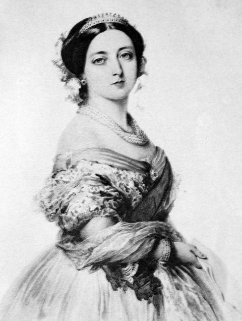 <p>De Britse monarch hield vieze luchtjes op afstand door haar handschoenen te parfumeren met rozenolie.</p>