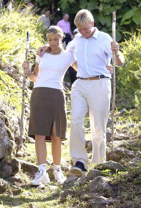 <p>Op werkbezoek op de Nederlandse Antillen, waar zij onder meer een bejaardentehuis bezochten. <span></span></p>