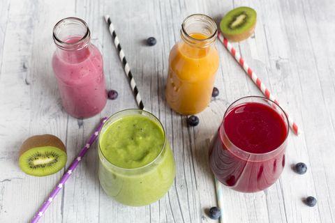 Drink, Juice, Tableware, Vegetable juice, Liquid, Ingredient, Citrus, Health shake, Lemon, Smoothie,