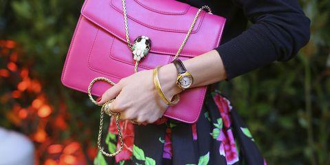Pink, Street fashion, Red, Magenta, Handbag, Fashion, Bag, Leather, Fashion accessory, Shoulder,