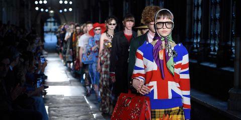 Bag, Street fashion, Winter, Luggage and bags, Costume, Goggles, Plaid, Fashion design, Market, Pattern,