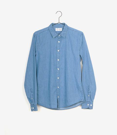 """<p>De Geitenwollenwinkel - goeie naam! - in Amsterdam verkoopt alleen 'duurzame kledingmerken die groen, eerlijk en vegan zijn'. Wil je kleding die op alle vlakken goed is, dan ben je hier aan het juiste adres. Ze hebben ook een huismerk met fijne basic T-shirts, vesten en truien: Geitenwollenshirts.</p><p><em>> <a href=""""https://www.geitenwollenwinkel.nl/product-categorie/duurzame-kledingmerken/geitenwollenshirts/""""><u>geitenwollenwinkel.nl</u></a><span class=""""redactor-invisible-space""""></span></em><br></p>"""