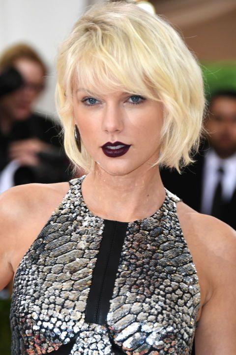 <p>Taylor Swift</p>