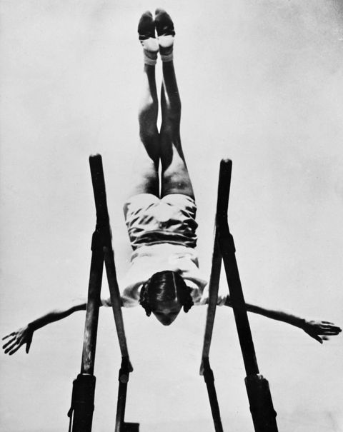 <p>The first nationally televised gymnastics team debuted during the 1936 Olympic Games in Berlin (shortly after Hitler took power in Germany). The women's team exhibited dominant '30s trends in their television debut, with short hair still reigning. Most of the athletes styled their hair into pin curls and even accessorized with a headband or bow to hold the hair in place.<br></p>