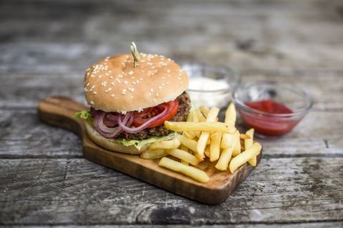 Food, Finger food, Sandwich, Ingredient, Cuisine, Fried food, French fries, Baked goods, Produce, Bun,