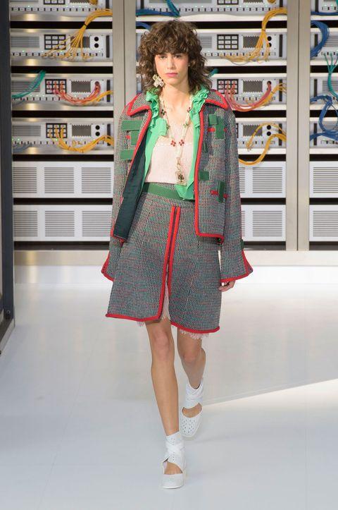 Sleeve, Shoulder, Human leg, Style, One-piece garment, Dress, Bag, Jewellery, Fashion, Street fashion,