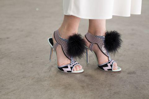 Footwear, Shoe, Human leg, Joint, White, Style, Fashion, Foot, Street fashion, Grey,