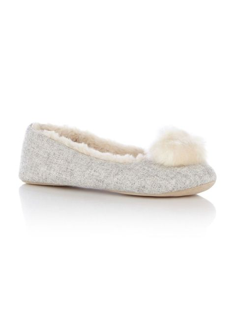 White, Tan, Grey, Beige, Ivory, Natural material, Fawn, Slipper,