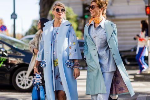Street fashion, Clothing, Fashion, Trench coat, Denim, Coat, Outerwear, Jeans, Sunglasses, Eyewear,