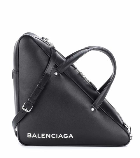 Bag, Handbag, Black, Product, Leather, Fashion accessory, Luggage and bags, Shoulder bag, Baggage, Material property,