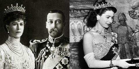"""<p>Van oorsprong was het een huwelijkscadeau aan Koningin Mary (toen een prinses) in 1893. De <a href=""""https://www.royalcollection.org.uk/collection/themes/exhibitions/diamonds-a-jubilee-celebration/buckingham-palace/queen-marys-girls-of-great-britain-and-ireland-tiara"""" target=""""_blank"""" data-tracking-id=""""recirc-text-link"""">tiara</a> heeft deze naam omdat het een cadeau was van het&nbsp;<em data-redactor-tag=""""em"""" data-verified=""""redactor"""">Girls of Great Britain and Ireland</em> comité. Koningin Mary gaf het aan Koningin Elizabeth II als huwelijkscadeau in 1947. De tiara is enorm herkenbaar&nbsp;omdat het op Britse ponden en postzegels staat afgebeeld.</p>"""