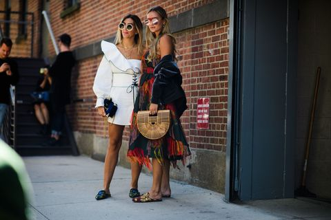 """<p>Gespot @ New York Fashion Week s/s&nbsp;2018<span class=""""redactor-invisible-space"""" data-verified=""""redactor"""" data-redactor-tag=""""span"""" data-redactor-class=""""redactor-invisible-space""""></span><span class=""""redactor-invisible-space"""" data-verified=""""redactor"""" data-redactor-tag=""""span"""" data-redactor-class=""""redactor-invisible-space""""></span></p>"""