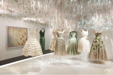 Fashion, Dress, Gown, Room, Haute couture, Interior design, Boutique, Wedding dress, Architecture, Floor,