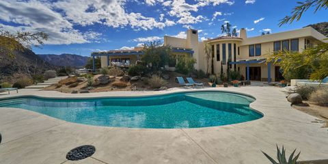Property, Real estate, Estate, Home, Swimming pool, Building, House, Residential area, Resort, Water,